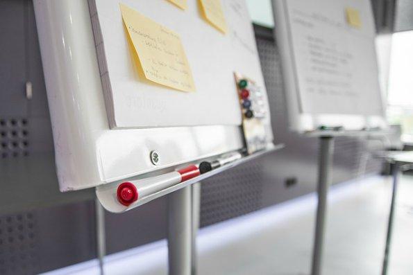 Безплатна интерактивна бяла дъска за множество потребители - 6 сайта Whiteboarding
