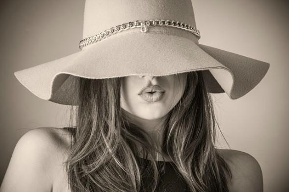 Как се става fashion блогер с 10 милиона евро и предприемач-историята на Киара Ферани