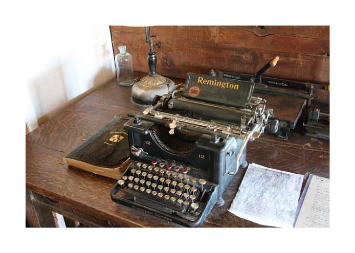 Пишем онлайн, без да се разсейваме, с Open Calmly Writer-