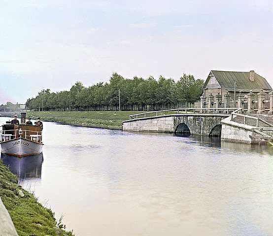 Старият Ладожски канал близо до Шлиселбург-Прокудин-Горски